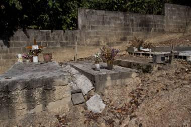 Cementerios_76